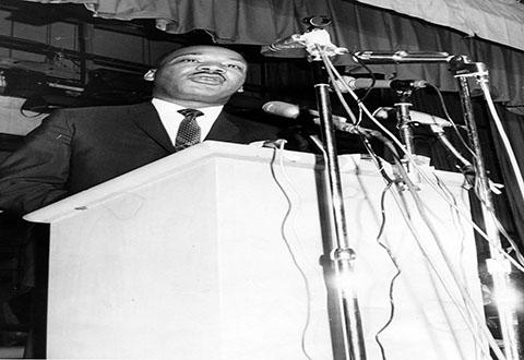 Dr. King speaks at Glenville High School in 1967